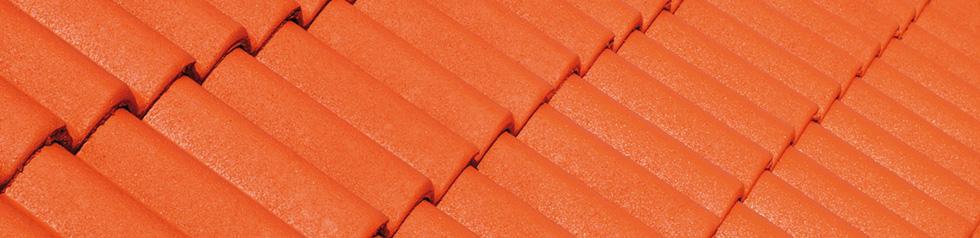 Hydrofuge coloré en phase aqueuse pour toiture.